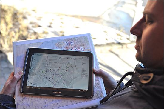 – Smallmap letter hverdagen ved at drift- og vedlikeholdsvakter ikke trenger å drasse med seg permer med kartverk. Nå er oppdaterte kart tilgjengelig på nettbrett, forteller Jostein Lunder i Hafslund Varme.